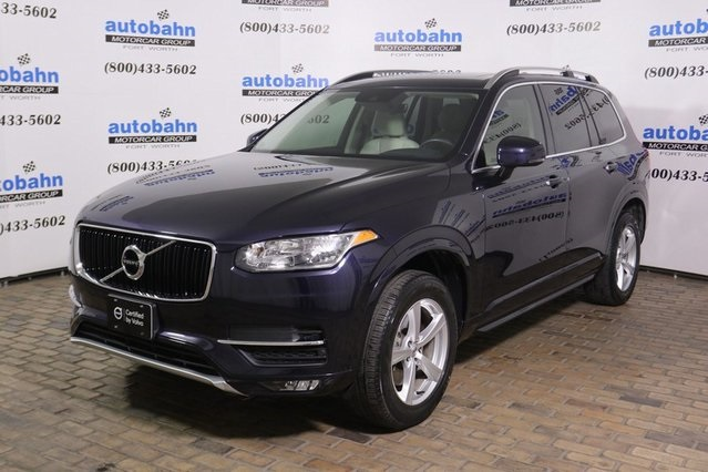Pre-Owned 2016 Volvo XC90 T5 Momentum