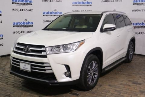 Pre-Owned 2017 Toyota Highlander XLE